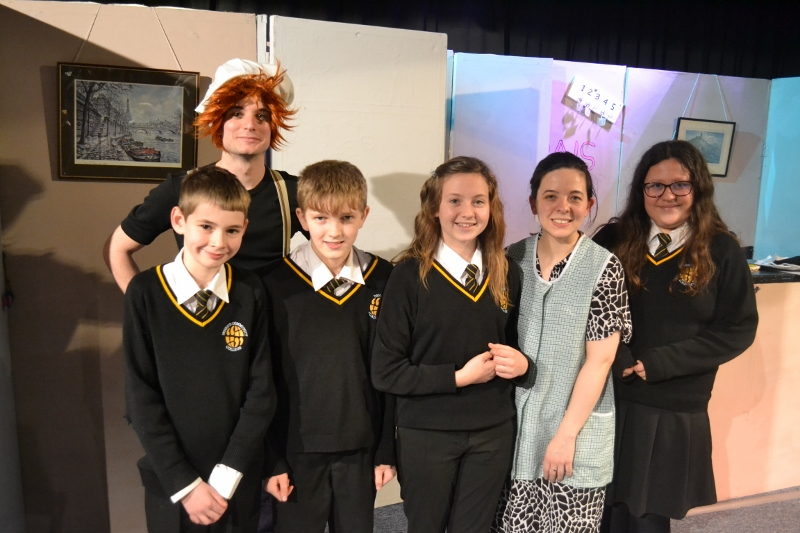 Penrice students with Onatti French Theatre Company